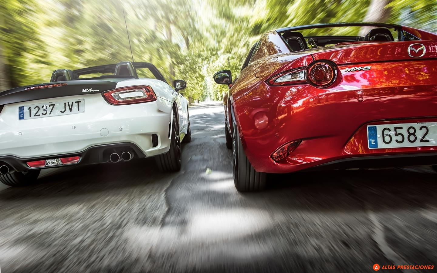 Mazda MX-5 RF vs Abarth 124 Spider: choosing was never so difficult