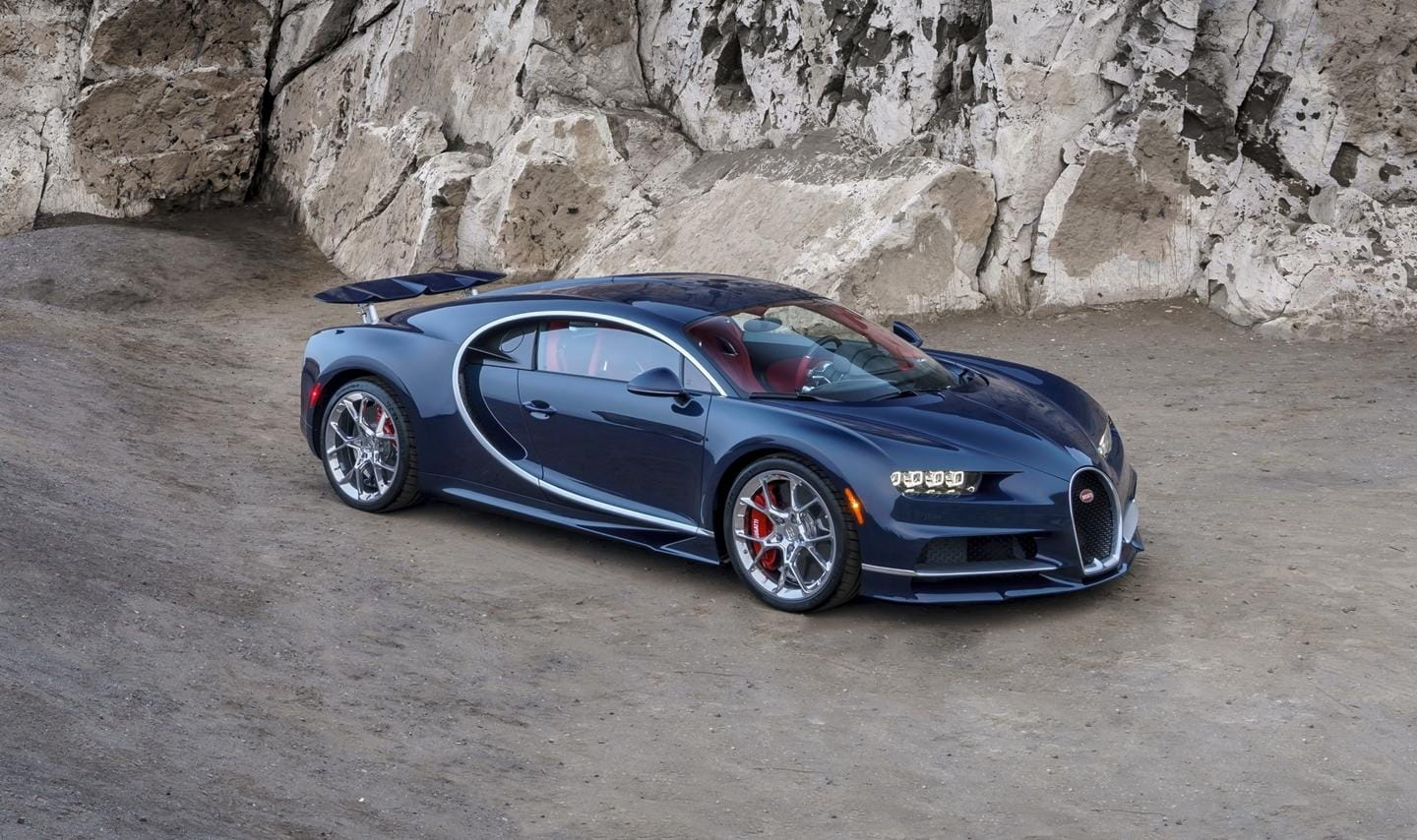 24 photos to make you fall in love with the Bugatti Chiron on its US debut
