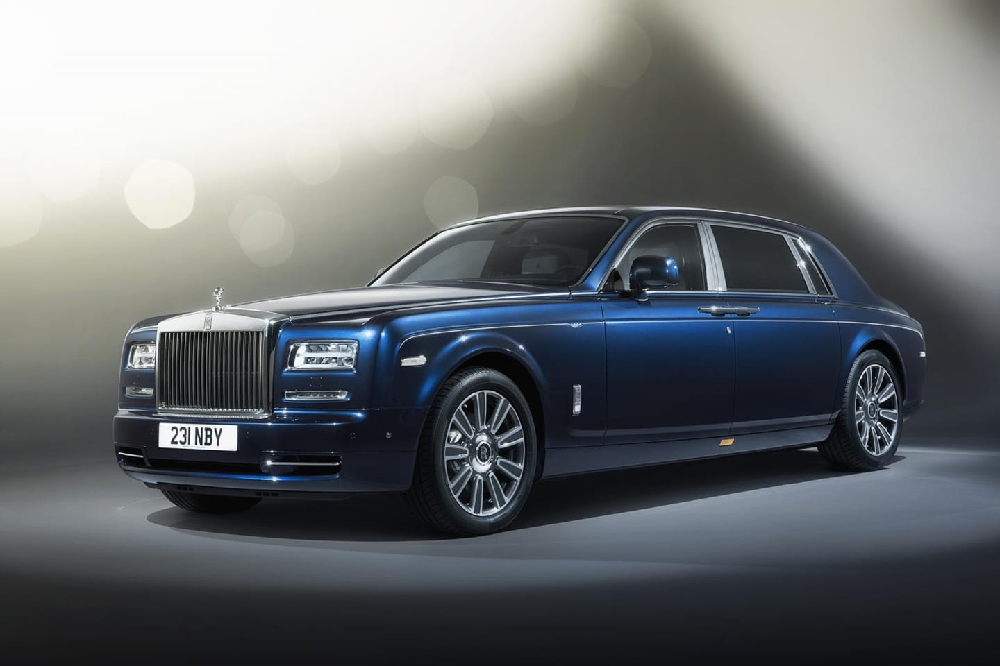 Rolls-Royce Phantom Limelight Collection: SPA care and haute couture