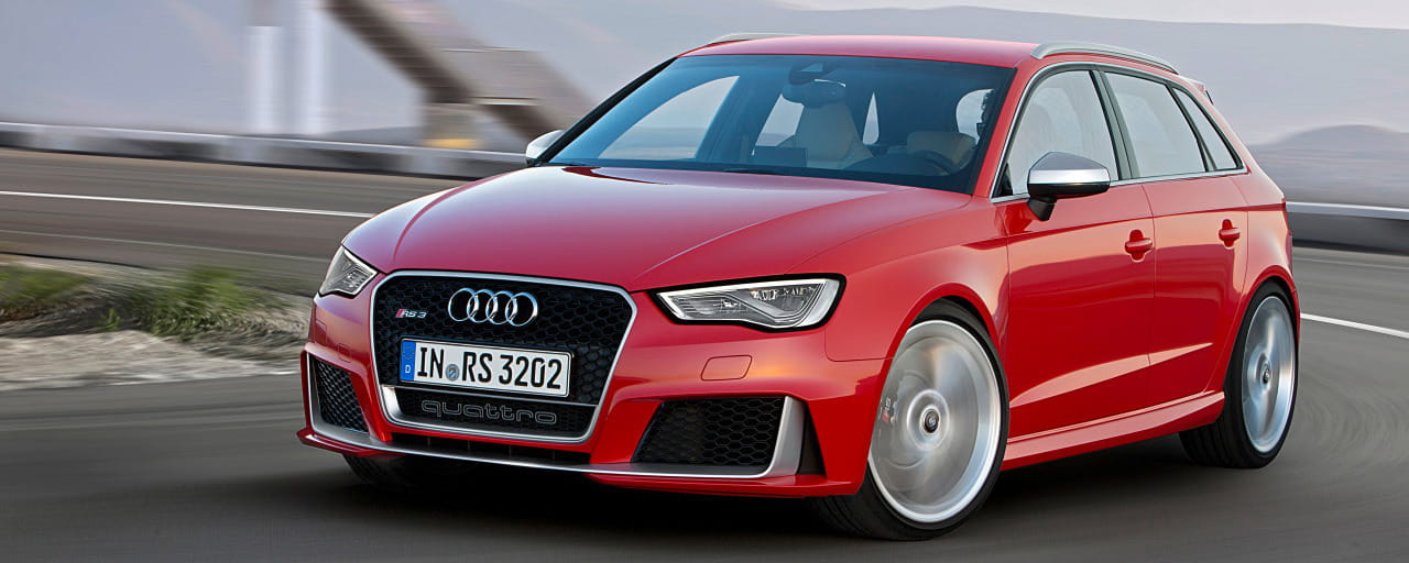 Audi RS3 Sportback 2015: 367 horses, a new roof for sports compacts