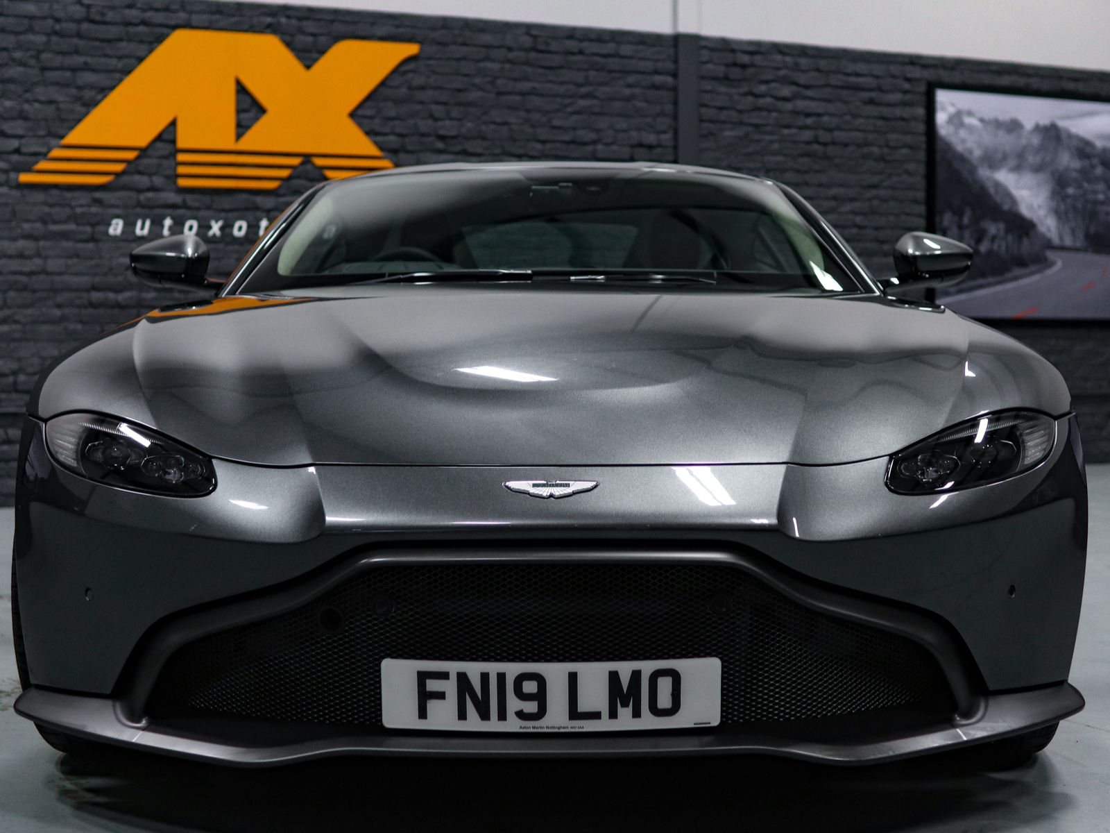 Hire A Aston Martin V Vantage coupe In UK